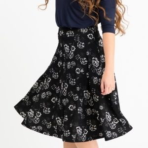 Agnes & Dora NWT Black Floral Midi Skirt 2XL
